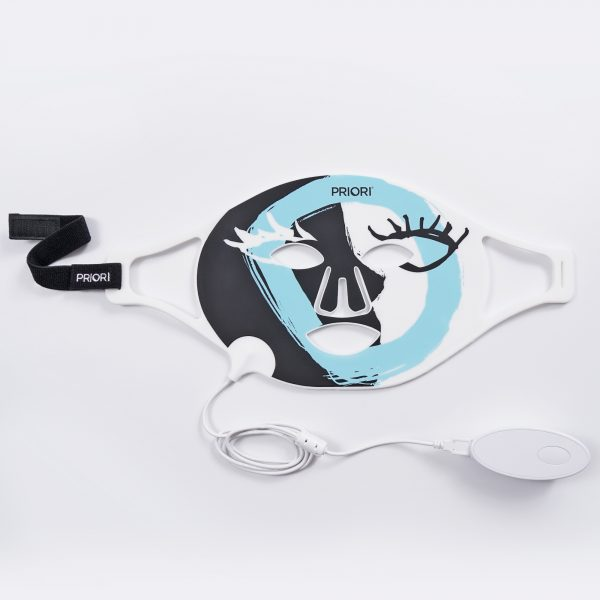 LED 100 UnveiLED Flexible Light Therapy Mask 1 of 2